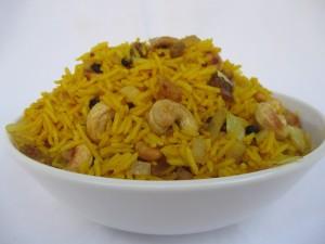 אורז עם פירות יבשים